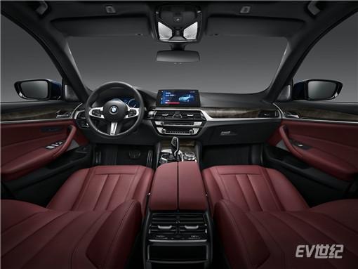 07.2018款全新BMW 525Li M运动套装_副本.jpg
