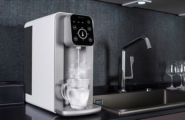 需要哪种温度的水一键搞定,且不同温度间均可一键切换
