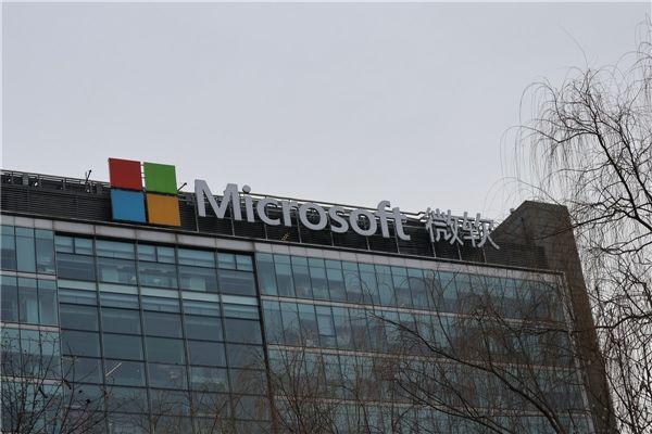 有趣!微软目前销售的安卓手机比Windows手机还要