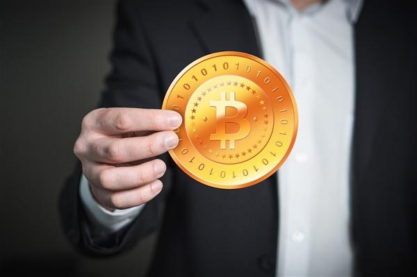 周鸿祎谈区块链:比特币是唯一刚需产品