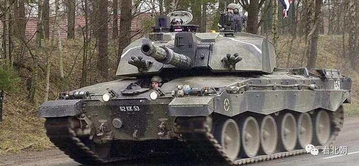 装甲那么厚的挑战者坦克为何在军贸市场遇冷?