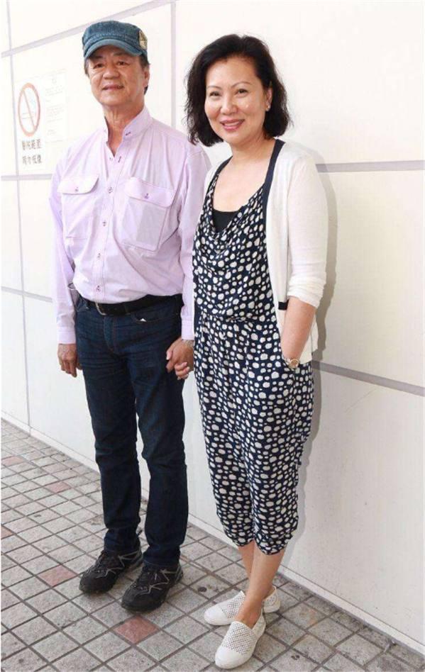 72岁狄龙与妻子结婚43年没吵过架 儿子还是功夫高手