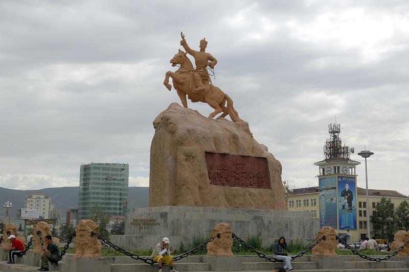 """乌兰巴托占据全国一半人口数量--""""亚历山大"""""""