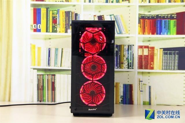 搭配LED风扇使用效果 评测总结:航嘉GX600P机箱采用时尚的设计理念,整体简约的外观搭配两面全尺寸的钢化玻璃可以更好地进行硬件展示,良好的兼容性和宽敞的设计也为用户使用提供了很好的体验,独创的模块式开孔设计也为硬盘和风扇的安装带来了更加多样化的方式,这款机箱适合追求时尚光效表现的玩家选择。