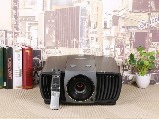 色彩秒杀激光 明基新光源4K投影机评测