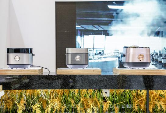 智能科技成就地道美食,美的生活电器携全线高