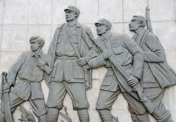 这位孤胆英雄战死后陈毅怒吼:国民党两个团换不来他
