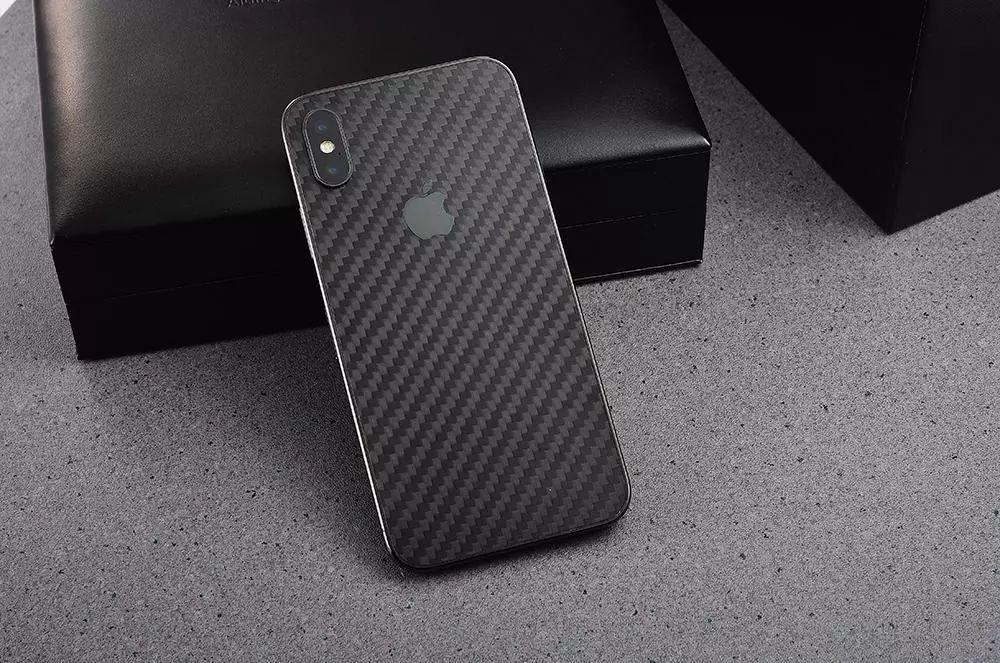 最轻的iPhoneX现世:碳纤维后壳还第一次见!