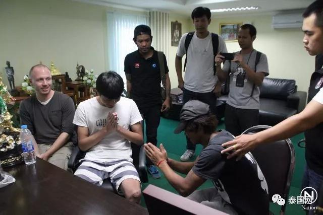 抢劫中国人很容易?阿根廷男子泰国街头抢劫中