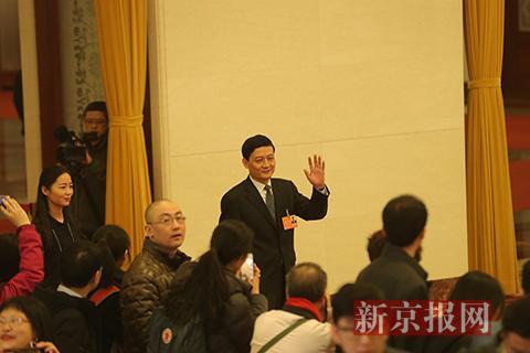 国资委主任肖亚庆:用权力清单和责任清单划清国企监管边界