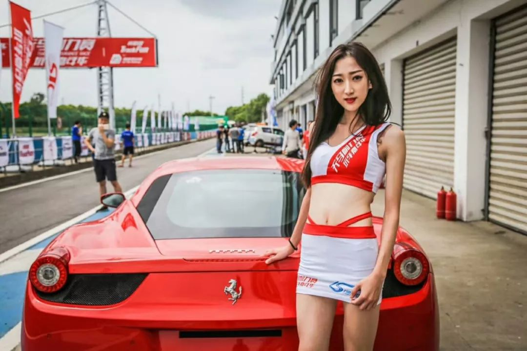 「型车美女」上海客一为您带来一场车模的视觉盛宴