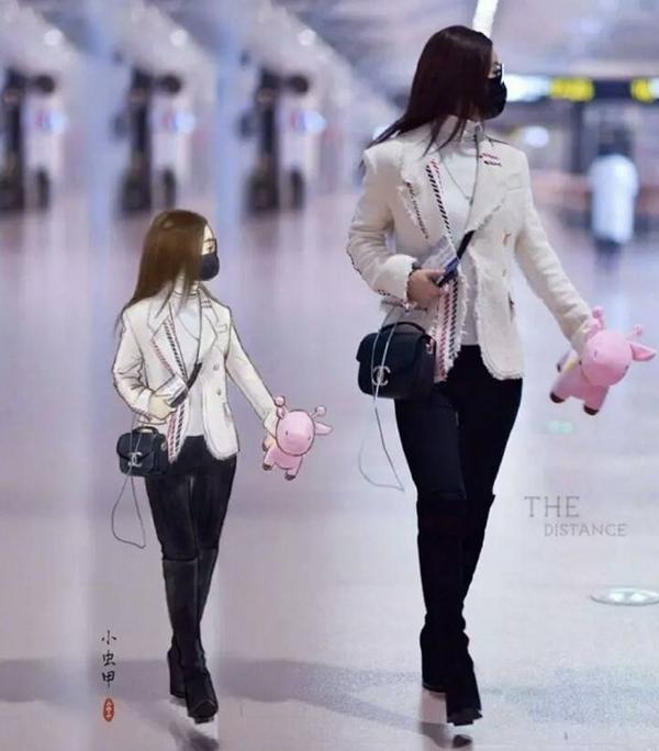 打破次元壁!粉丝手绘赵丽颖机场秀毫无违和感