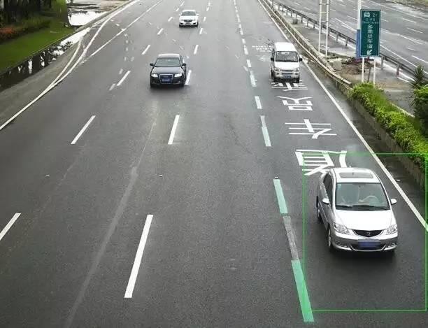 驶入HOV车道小心无故被罚!