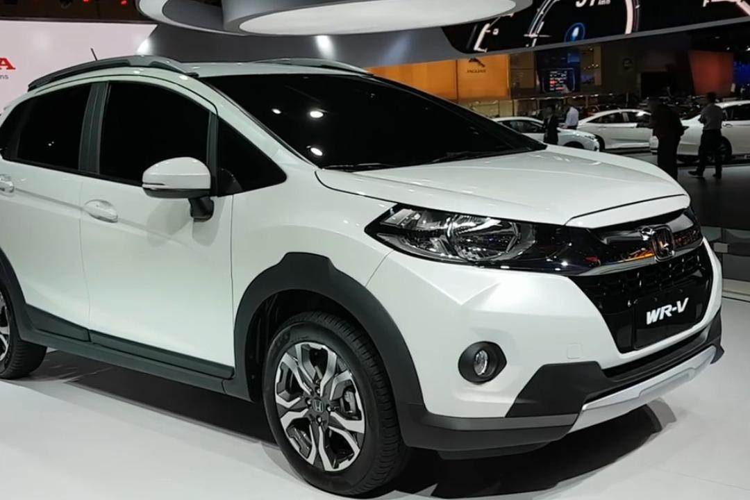 日本这车又火了, 全新SUV远看值百万, 近看30万, 售价一出仅8万