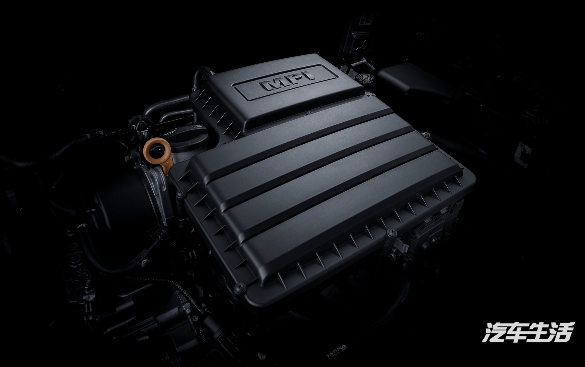 6l自然吸气发动机,提供性能相同,燃油经济性更出色的1.
