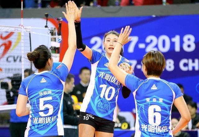 女排总决赛迎史上最惨烈天王山之战:李盈莹肩伤成最大变数