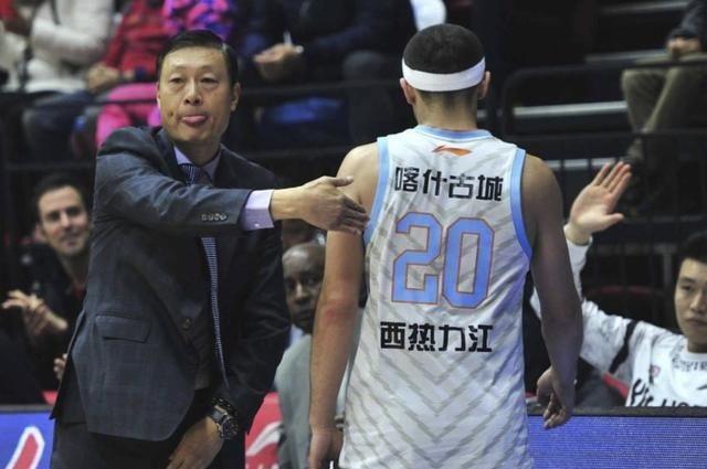 新疆队内讧升级!球员因失利指责队友 李秋平遭不满