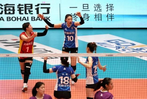 李盈莹一人独扛的天津女排主场崩盘,如此下去上海定将提前夺冠
