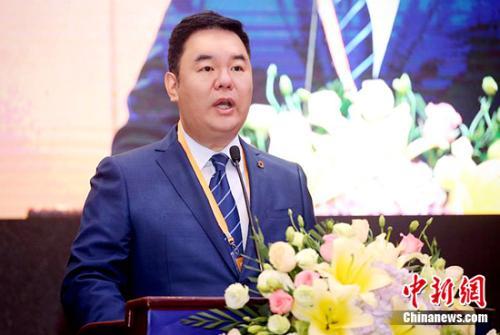 雪松控股董事局主席张劲在论坛上致辞