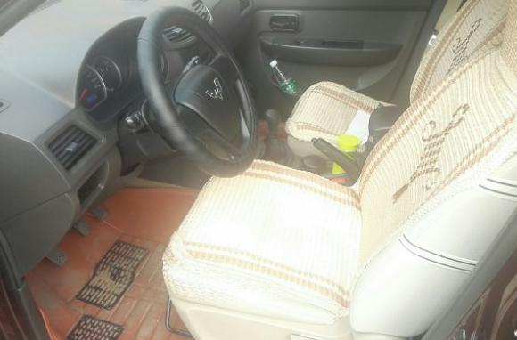 花52万买辆五菱宏光S:开了一周后打开车厢门时朋友忍不住笑了_哪