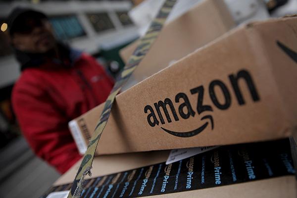 华尔街警告特朗普:别打贸易战 放过亚马逊(组图)