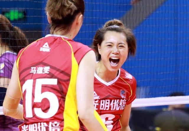 上海女排太遗憾了!85后一群老兵,距离冠军最近的地方,倒下了!