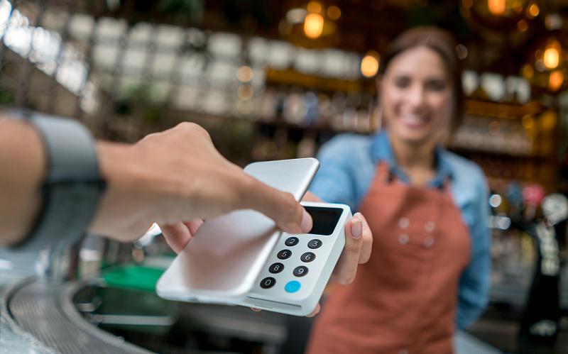 移动支付艰难出海: 扫一扫水土不服 信用卡支付也在升级