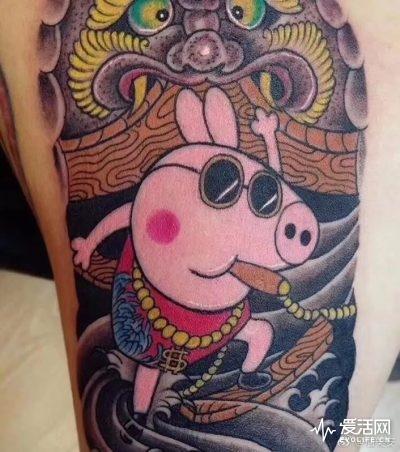 产品  就算你没有大佬的决心,随便搜个纹身花臂做关键词,小猪佩奇也图片