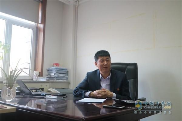 一汽解放汽车销售有限公司销售部部长李玉峰先生