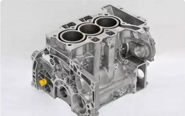 相对于市面上普遍的4缸车,三缸发动机从本质上来讲就少了一个气缸室图片