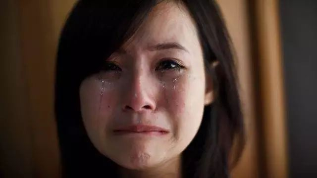 一个女孩弄哭了500个对方,图片谢谢,却说你!小女男生咪咪生的图片