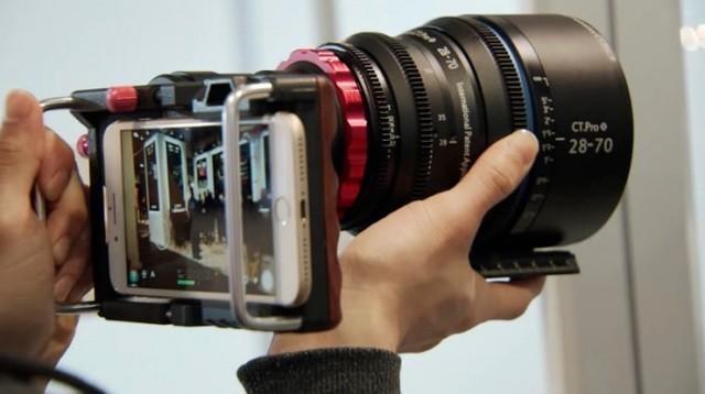 神奇黑科技:让智能手机用上相机镜头