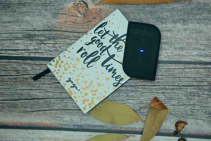 创意酷品:世界上最纤细的电动按摩器,仅卡片大小