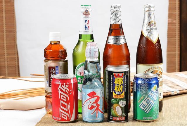 为什么饮料几乎不涨价?