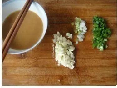 生菜和凉拌这样耗油吃,可口鲜嫩、清鲜润滑,连西米会所小姐服务图片