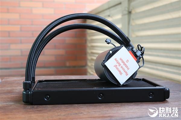 九州风神Castle 240水冷散热器开箱图赏:镜面真彩RGB