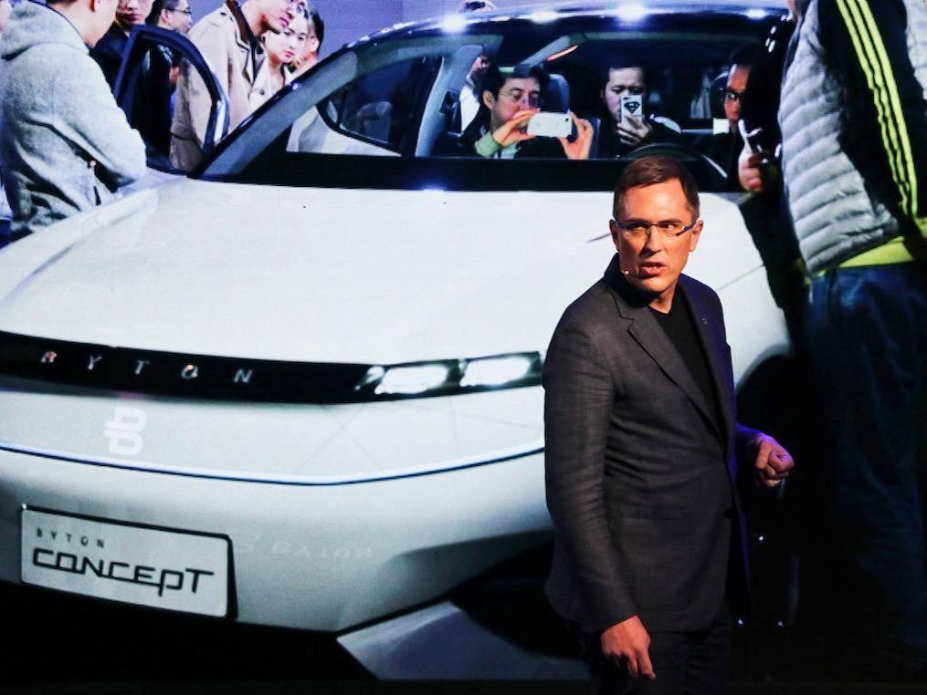 车内塞 50 寸巨屏的拜腾,是靠什么吸引来一汽投资的?