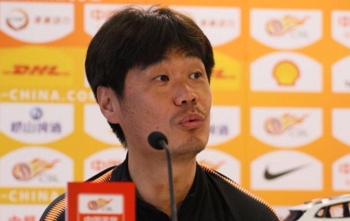 这个中国教练牛!完爆三个世界名帅!率领鲁能登上积分榜次席!