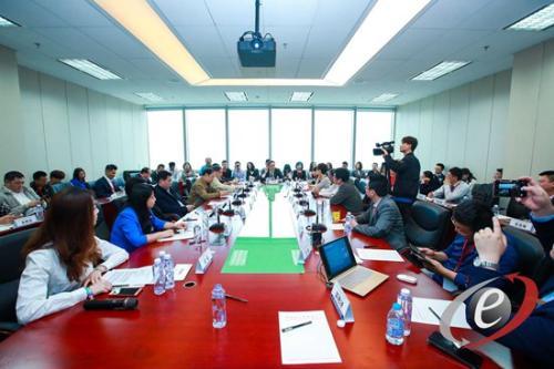 21日,2018首届中国国际服务外包行业峰会在北京举行。