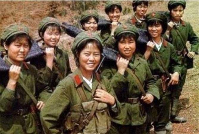 她们是对越反击战姐妹花,被越军俘虏后受尽凌辱,后越狱回到祖国