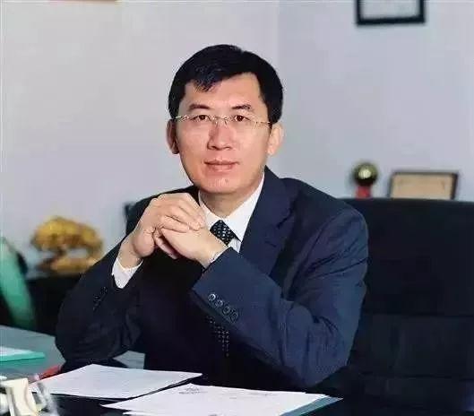 45岁以下的中国两院院士盘点 !大神们太强,膝盖