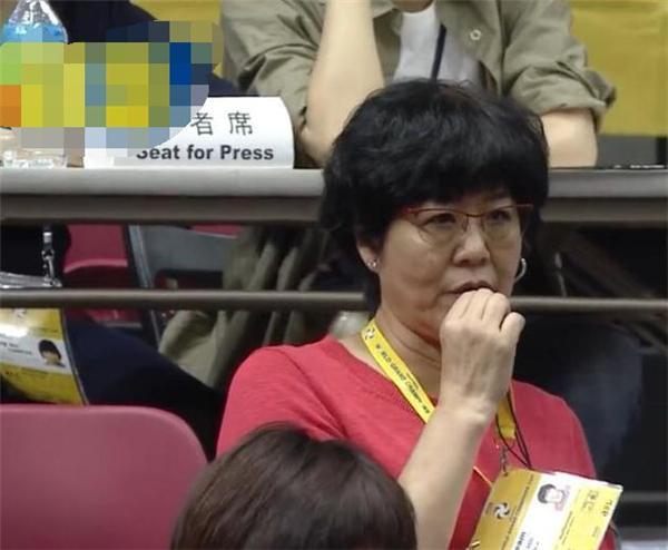 郎平为退休准备!开始培养接班人 亲揭重当主教练真相