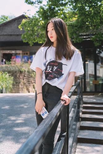 """""""行走的正能量"""" 四川美术学院携手T2国际当代"""