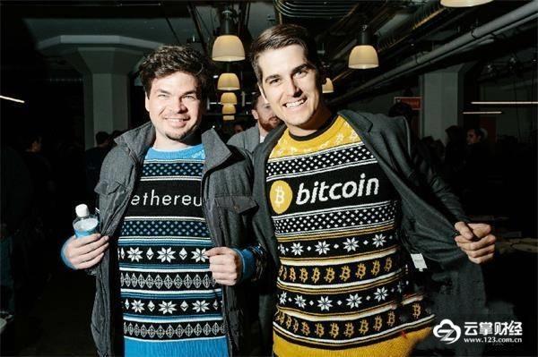 加密货币图案的毛衣.jpg