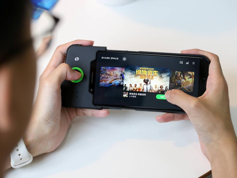 """行业凛冬将至,游戏手机是伪概念还是""""御寒衣""""?"""