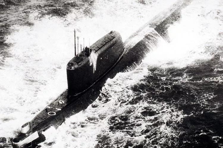 冷战时的疯狂,美国曾想用战列舰怼苏联现代级驱逐舰