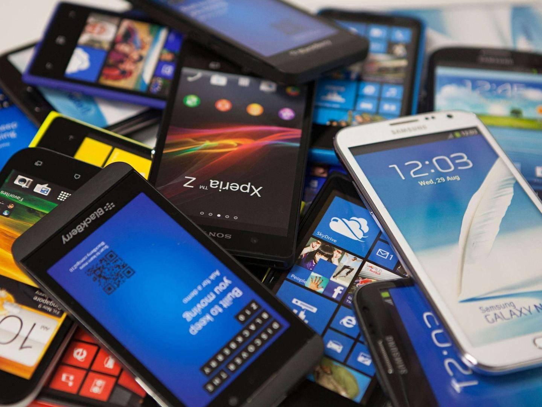 """智能手机的印度""""寒""""和非洲""""热"""""""
