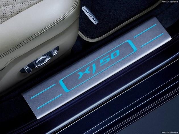 捷豹发布XJ 50官图 配有特殊身份标识