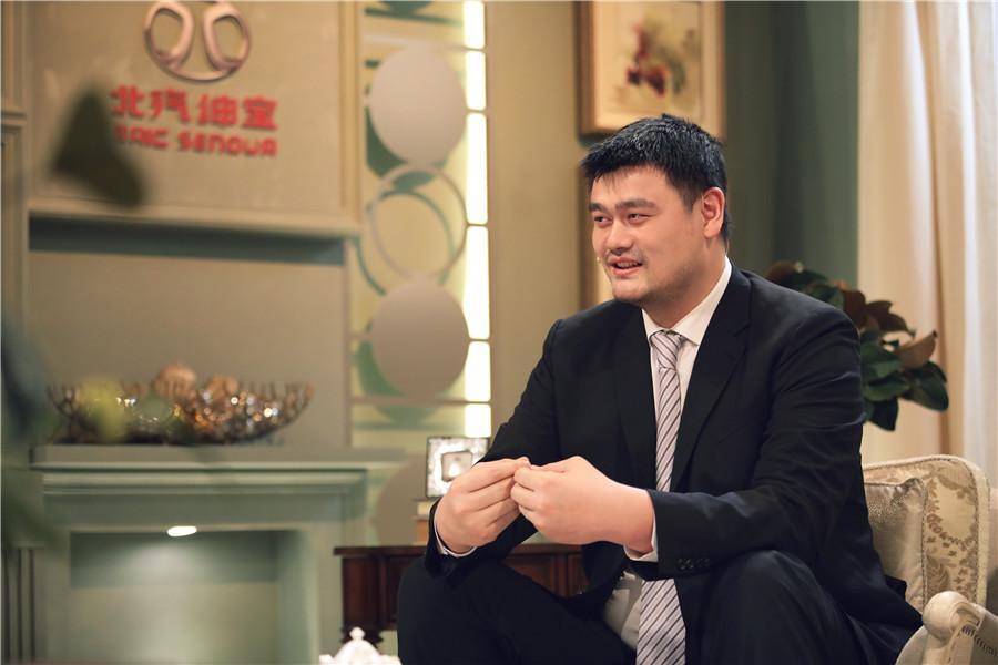 """《朗读者》第二季回归遇""""初心"""" 姚明忆职业生涯"""