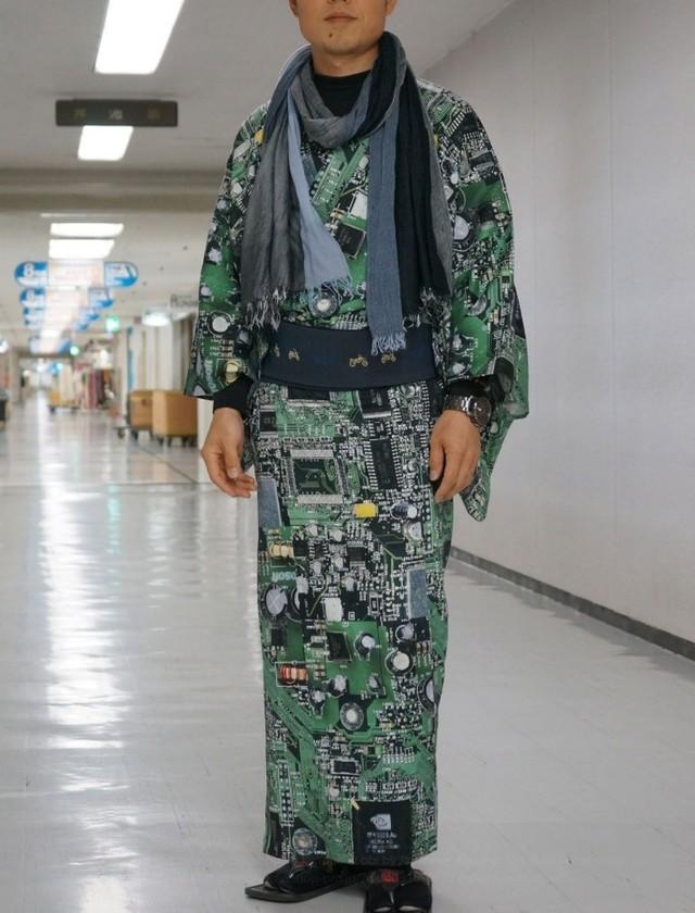 电子元件完美附体 设计师打造印刷电路板和服